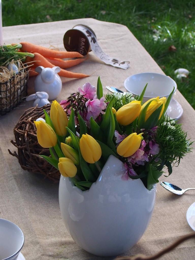 table pâques printemps