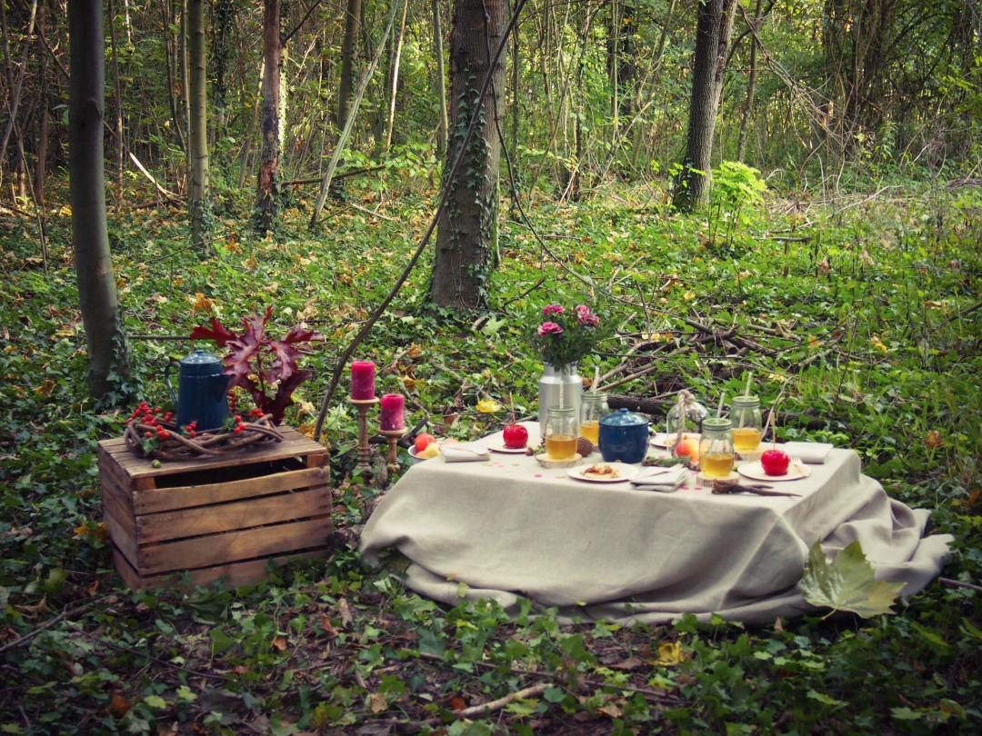 décoration de table en forêt