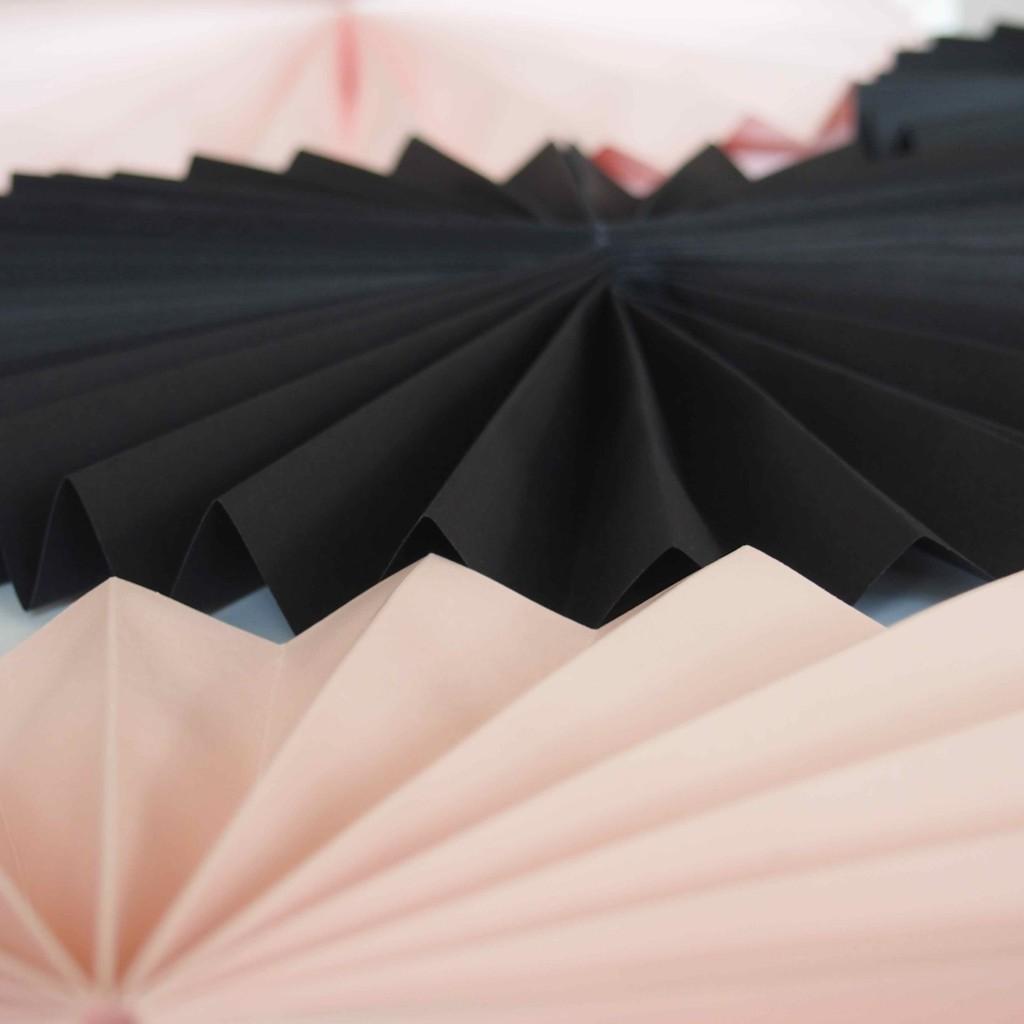 papier rose pastel