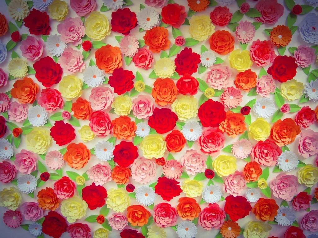 mur fleurs en papier