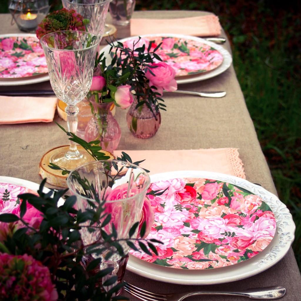 assiette motif fleurs