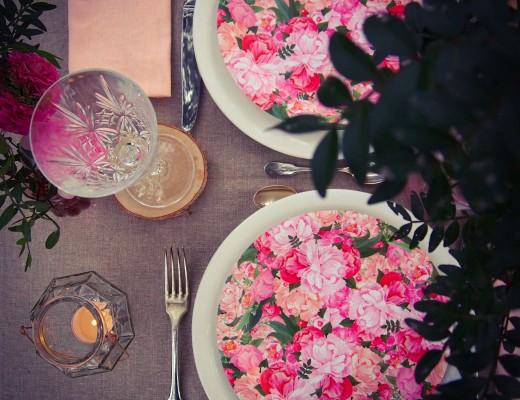 assiettes impression fleurs