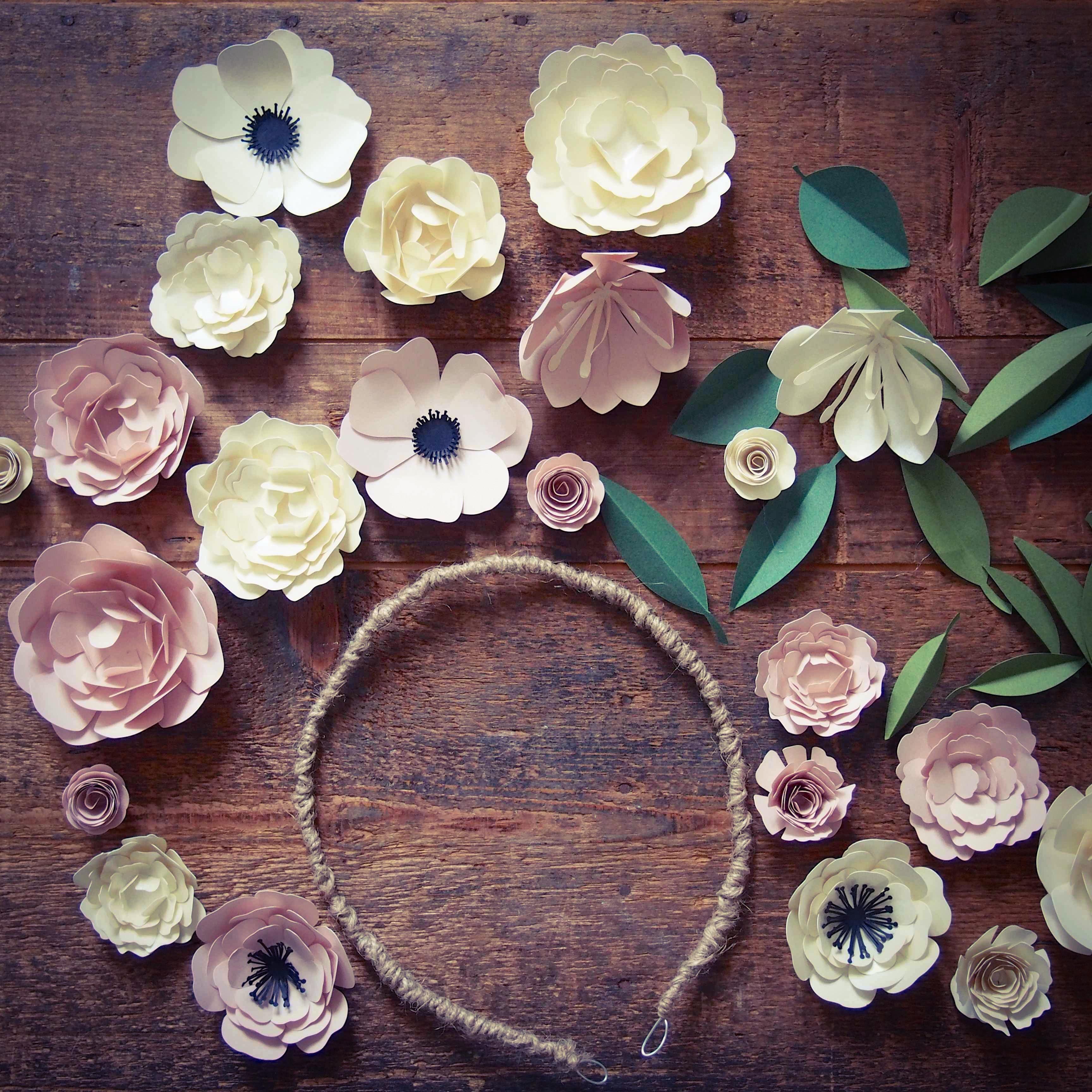 Ma couronne de fleurs rose caramelle carnet d 39 inspiration - Fleuriste couronne de fleurs ...