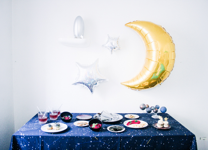 décoration fête anniversaire planètes espace étoiles