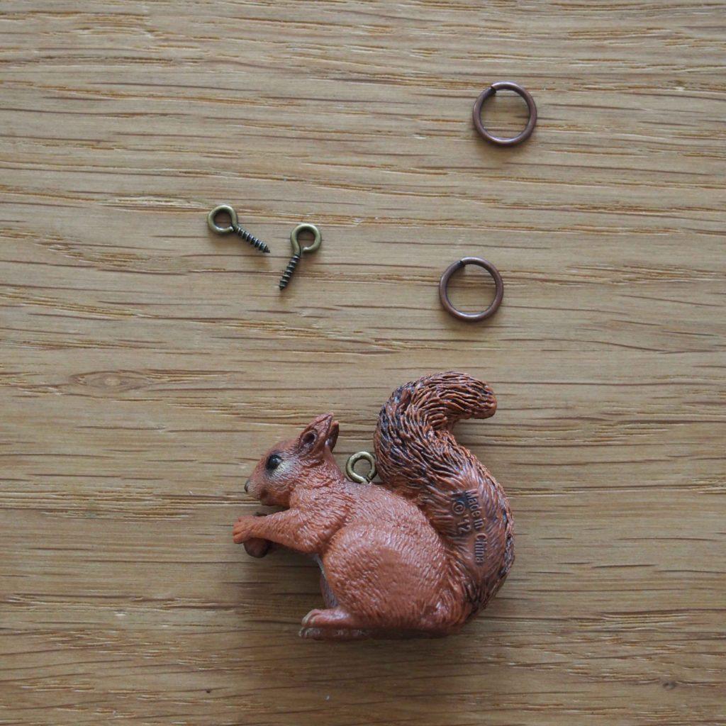 collier écureuil diy