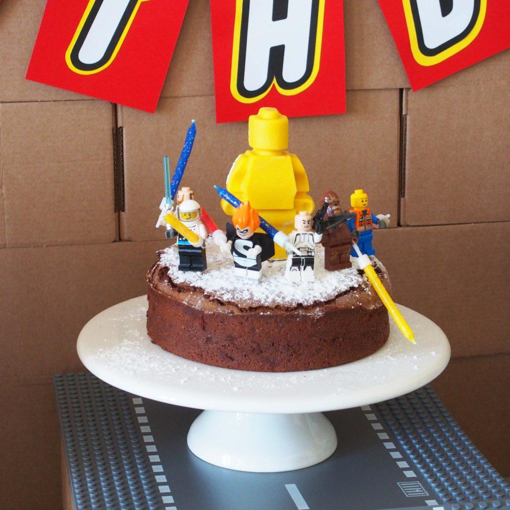 gâteau anniversaire lego
