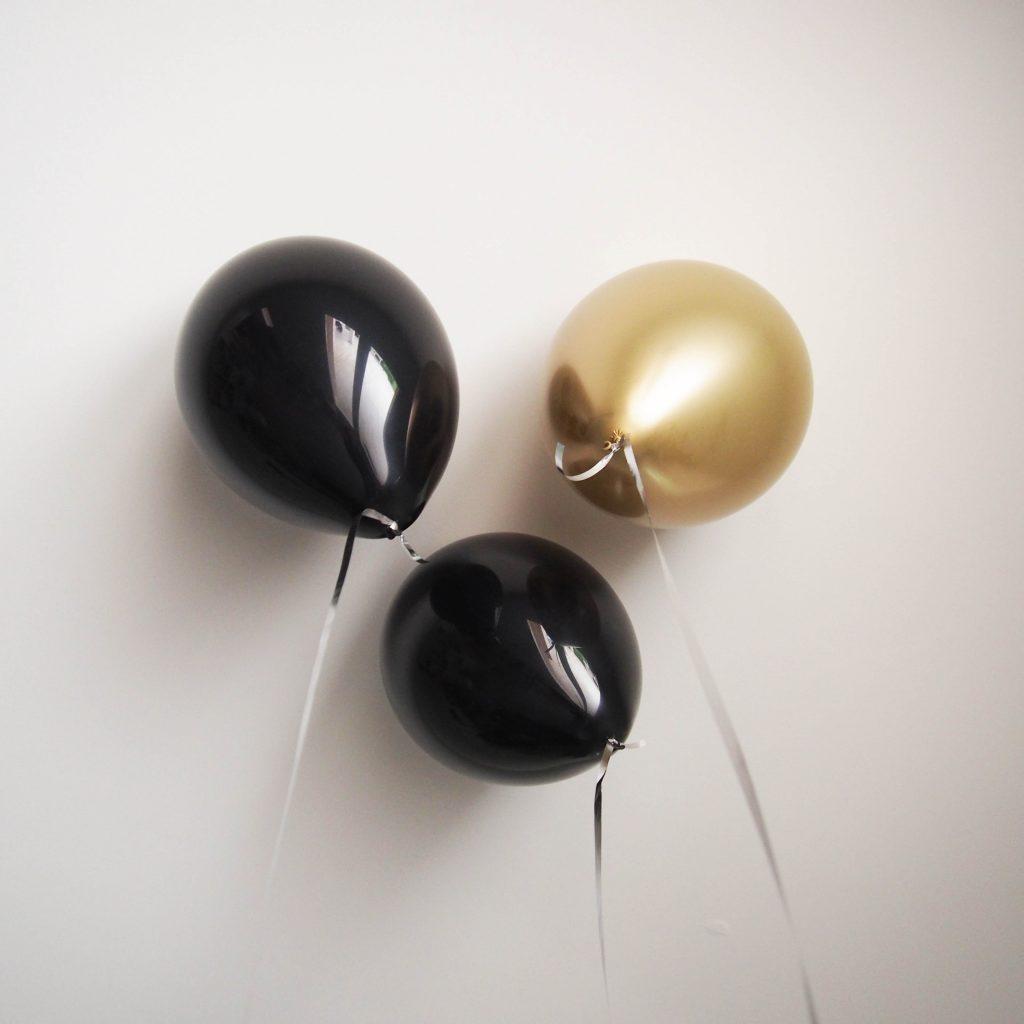 ballons anniversaire noir doré