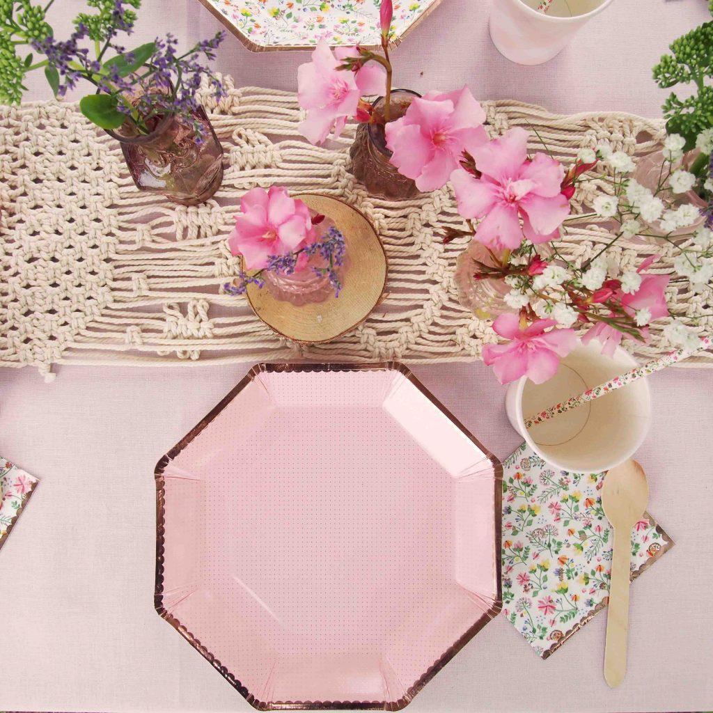 assiettes rose cuivre