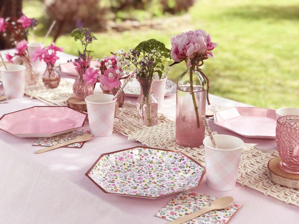 vaisselle anniversaire fille thème fleurs