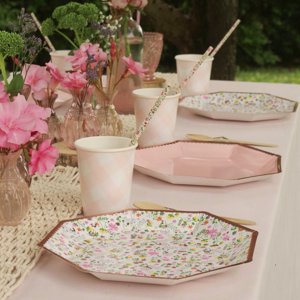 vaisselle theme fleurs