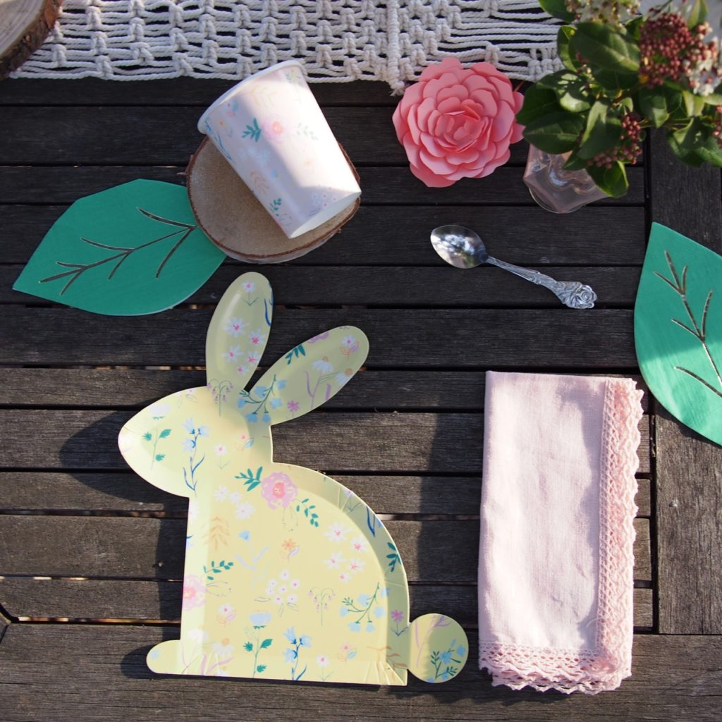 pâques assiette carton lapin
