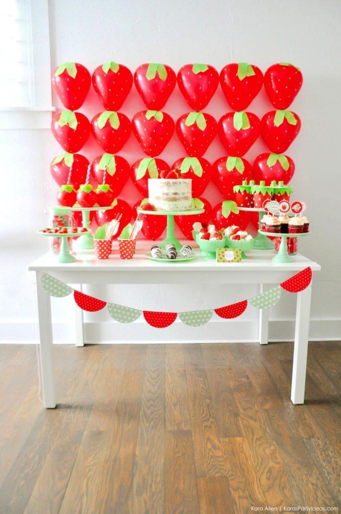 sweet table thème fraises