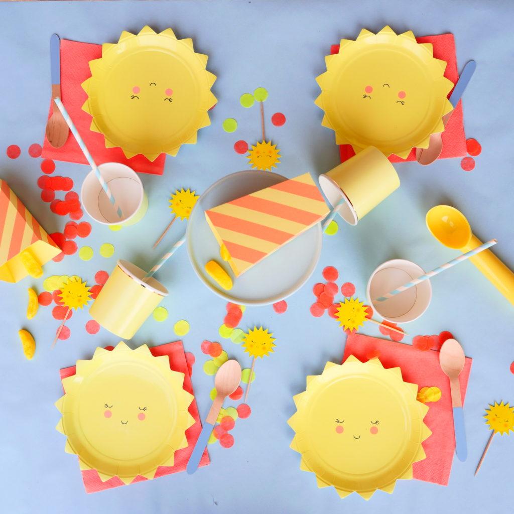 vaisselle anniversaire thème soleil