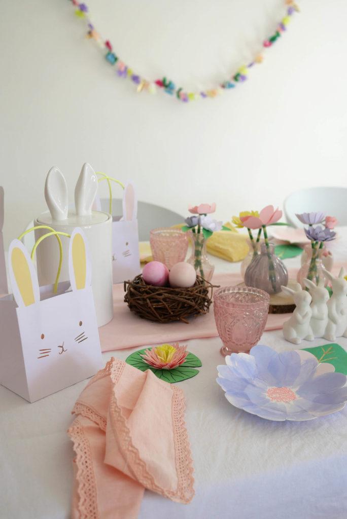 Table Pâques pastel