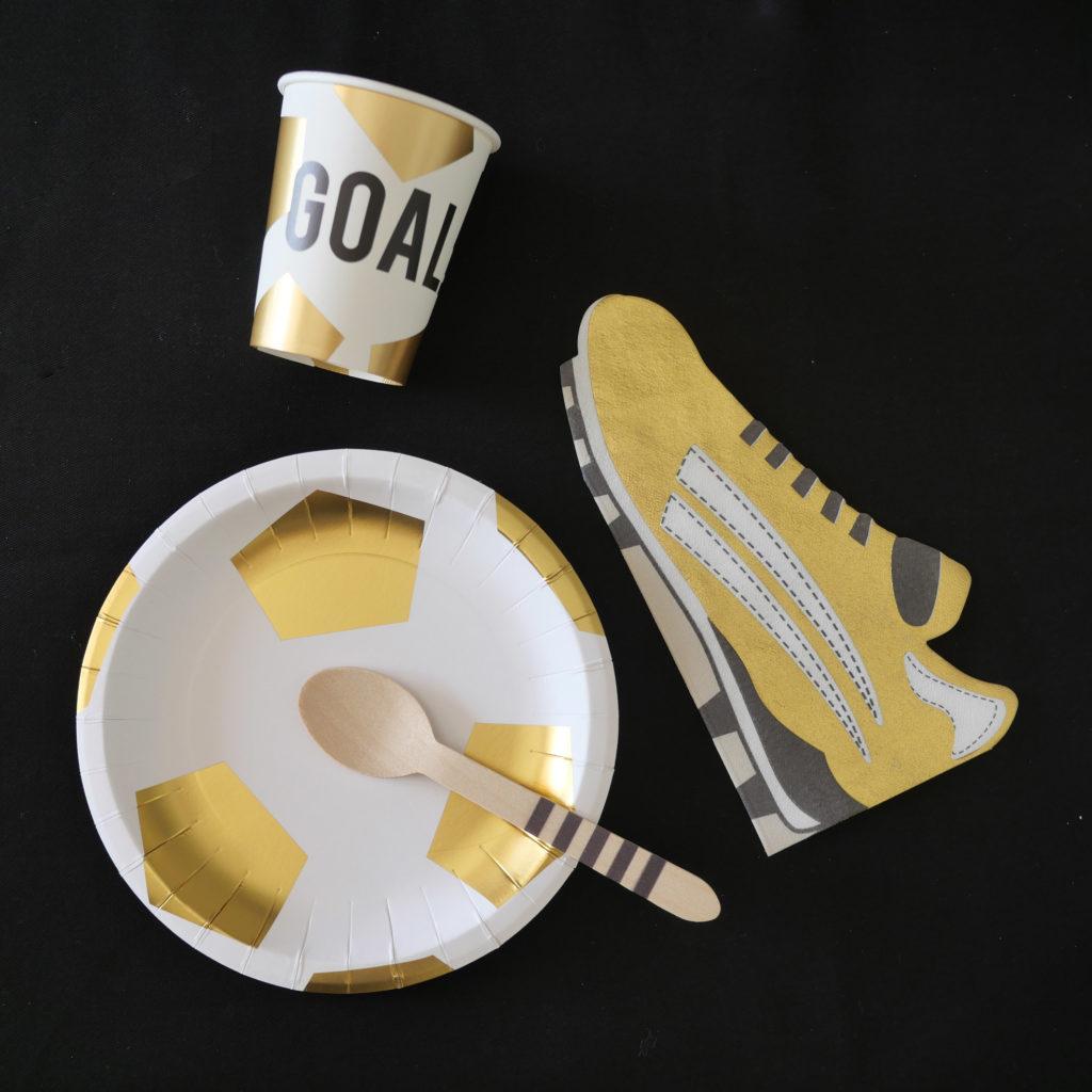 vaisselle anniversaire foot