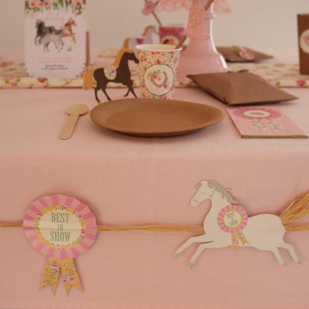 guirlande anniversaire thème cheval